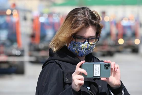 Od 1. marca je za koronavirusom po svetu umrlo 55 novinarjev