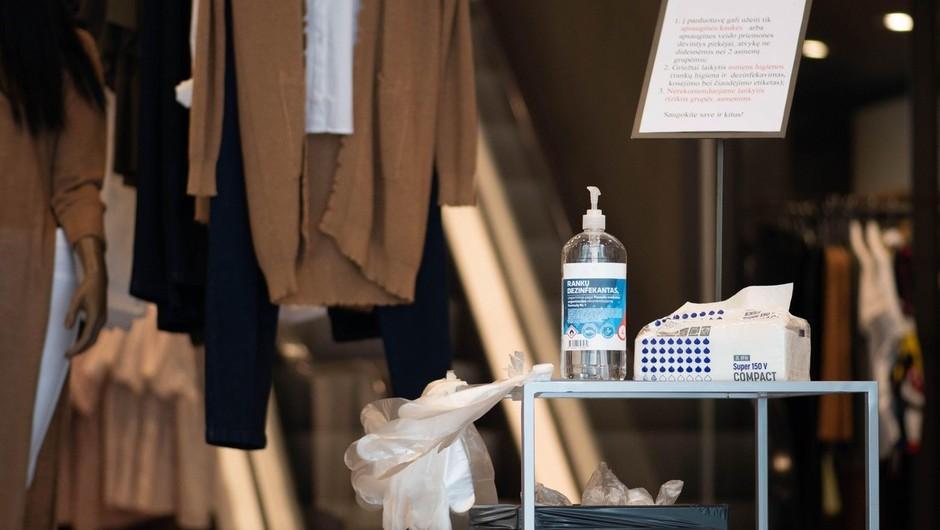 Kako bo sredi pandemije potekalo pomerjanje oblačil in njihov nakup (piše Petra W.) (foto: profimedia)