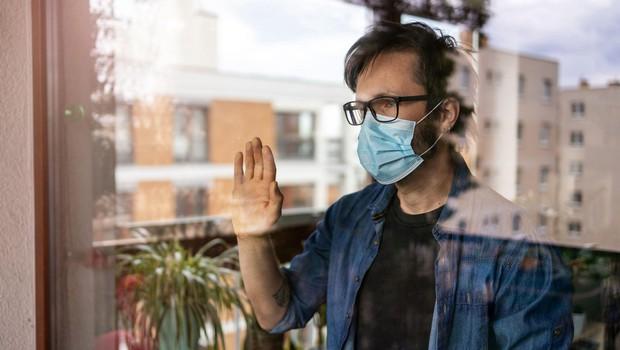 Po nekaterih državah se epidemija umirja, drugod je v zagonu (foto: profimedia)
