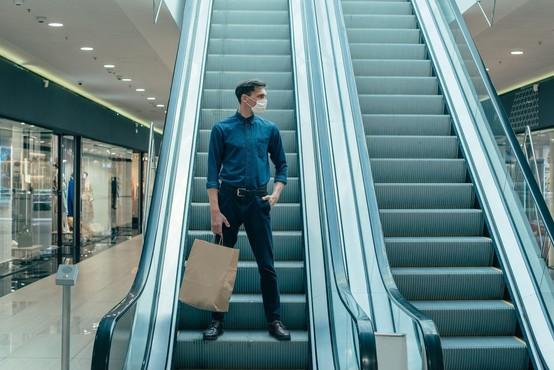 V SES-ovih nakupovalnih središčih delujejo trgovine in nekateri lokali