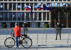 Več tisoč protestnikov na kolesih po Ljubljani, v Mariboru in Celju