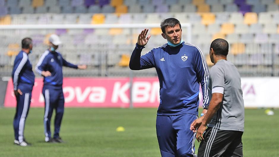 Maribor je nazaj!! Ekipo prvič vodil Sergej Jakirovič! (foto: profimedia)