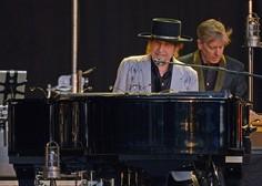 Po osmih letih je Bob Dylan napovedal nov album