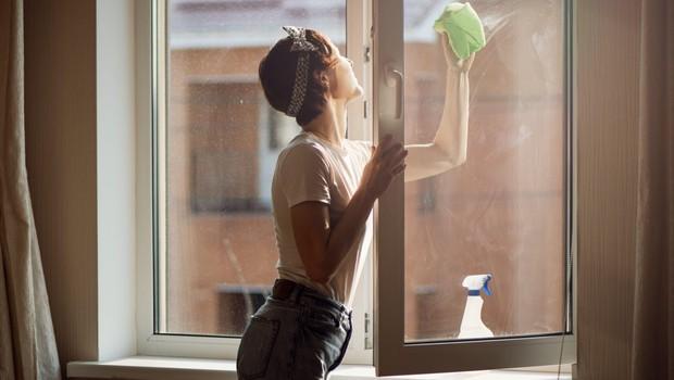 Tudi doma pripravljena čistila za okna so lahko dobra! (foto: profimedia)