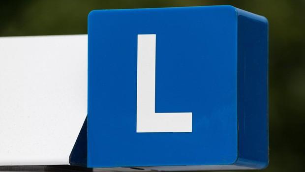 Priporočila NIJZ za avtošole izvajalce izobraževanj o varnosti na cestah (foto: profimedia)