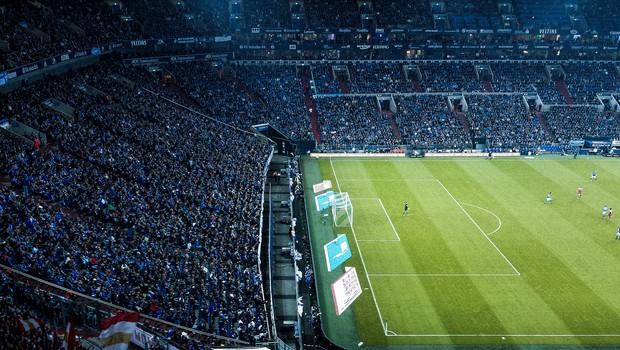 Pri Realu že v jeseni pričakujejo navijaško spodbudo s tribun (foto: Photo by Dominik Kuhn on Unsplash)