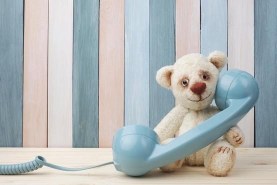 TOM telefon podaljšuje svetovalne ure za otroke, ki ostajajo doma (in ostale)
