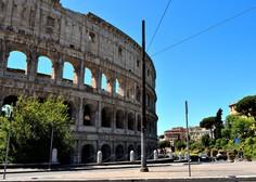 V Italiji ponovno odprti bari, frizerji in cerkve