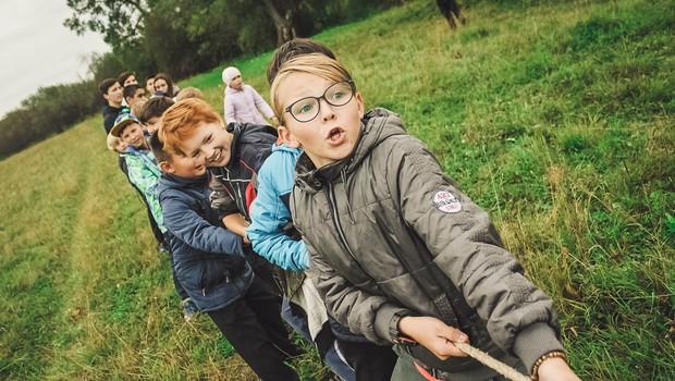 Izgubljeni meseci socializacije (piše: Petra Windschnurer) (foto: unsplash.com)
