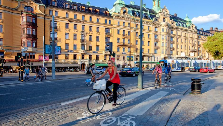 V švedski prestolnici protitelesa proti koronavirusu razvilo sedem odstotkov ljudi (foto: Profimedia)
