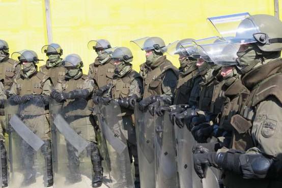 Avstrijske meje bo naslednja dva meseca varovala vojska