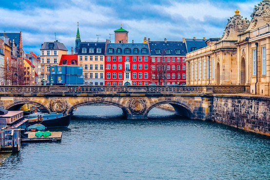 Na Danskem protitelesa proti koronavirusu razvil le odstotek prebivalcev