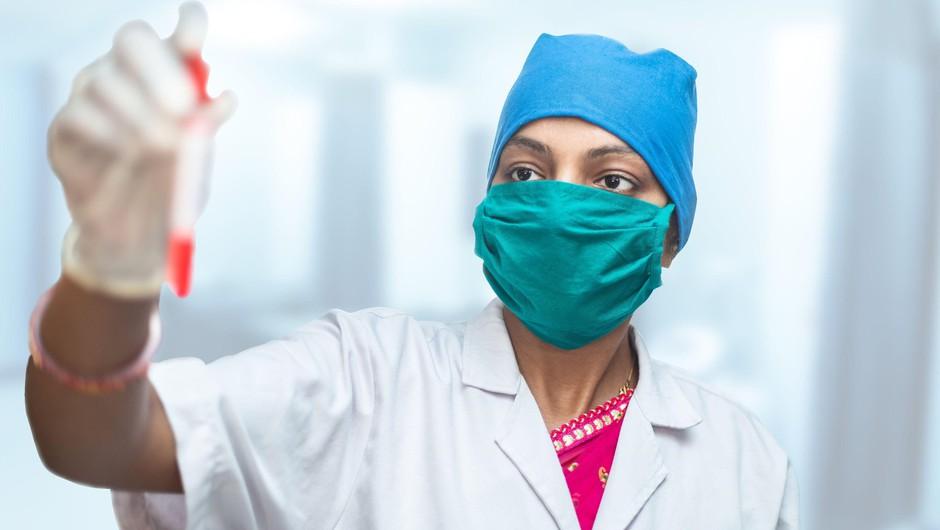 Svetovna raziskava o učinkovitosti dveh zdravil proti koronavirusu (foto: Profimedia)
