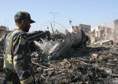 Potniško letalo s 107 ljudmi na krovu  strmoglavilo na stanovanjsko naselje v Karačiju