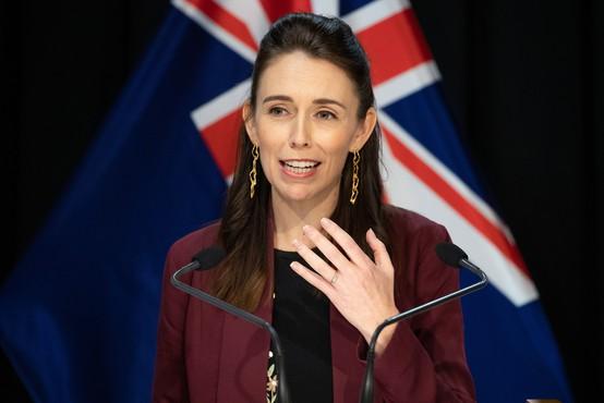 Novozelandsko premierko med televizijskim intervjujem presenetil potres