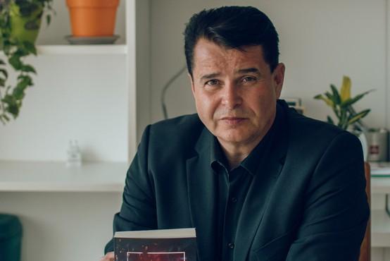 Dr. Samo Javornik (z romanom) v slovensko zakulisje pohlepa