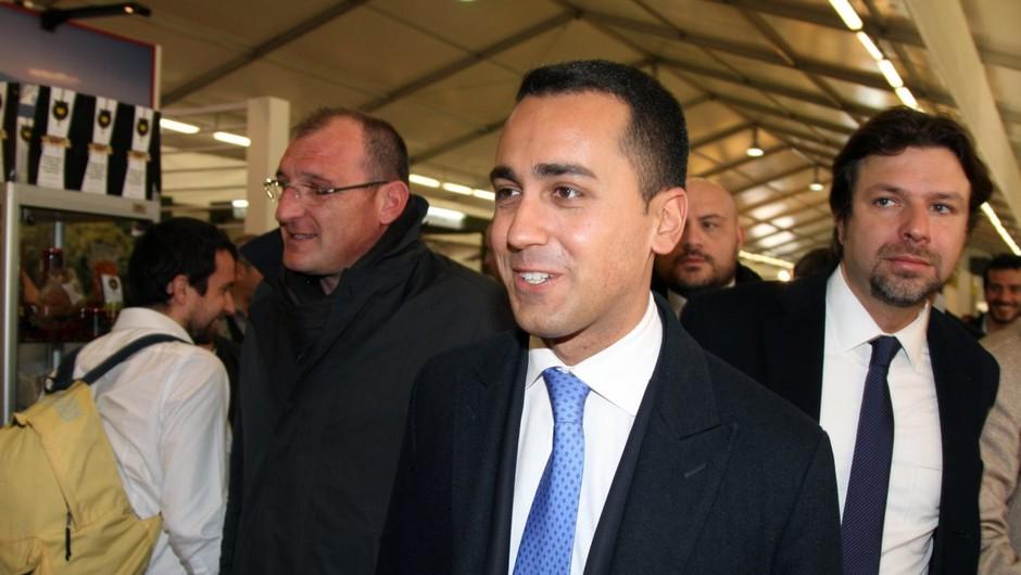 Luigi Di Maio: Ne bomo mirno gledali, če nas boste obravnavali kot kolonijo gobavcev (foto: profimedia)