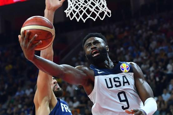 Na protestih proti policijskemu nasilju več zvezdnikov košarkarske lige NBA