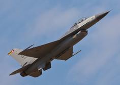 Spektakel! V ponedeljek čez Slovenijo prelet ameriških lovcev F-16 in slovenskih PC-9