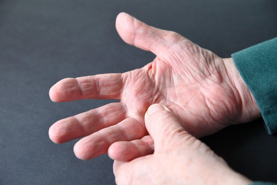Med pandemijo resno moteno zdravljenje bolnikov z nenalezljivimi boleznimi