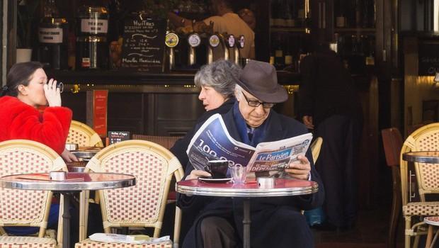 »Časopisi so varni, brez strahu jih berite v kafičih in frizerajih!« (foto: profimedia)