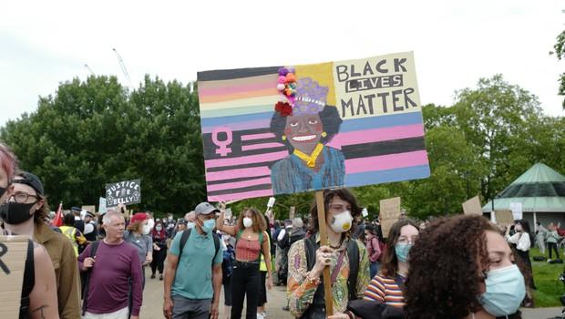 Protesti proti policijskemu nasilju tudi v Londonu (foto: Profimedia)