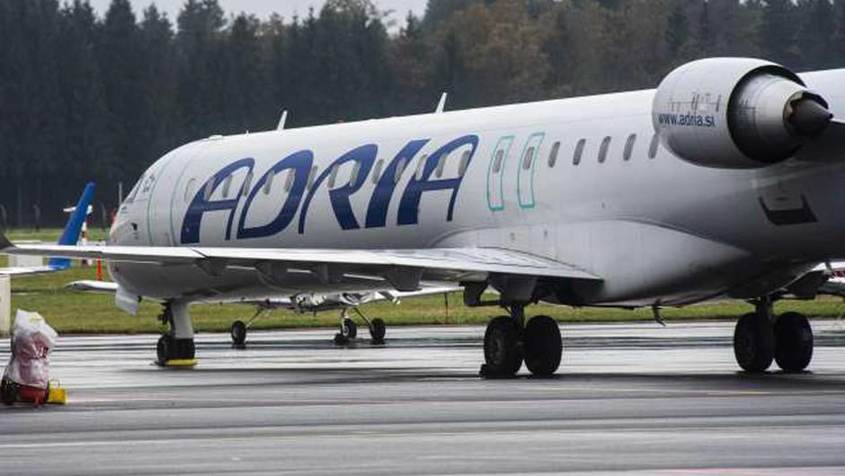 V Ljubljani in na Brniku potekajo hišne preiskave v povezavi z Adrio Airways (foto: Bor Slana/STA)