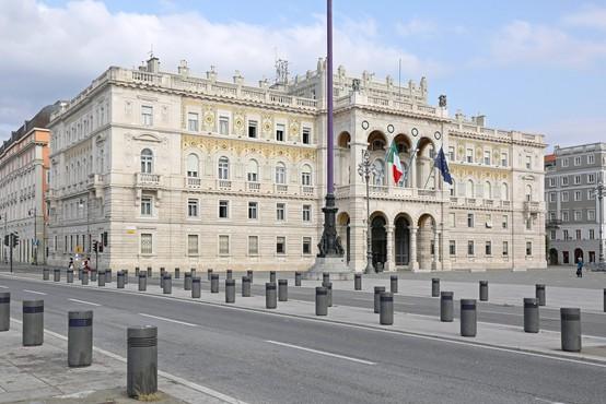 V italijanski deželi ob slovenski meji ni več obvezno nošenje mask