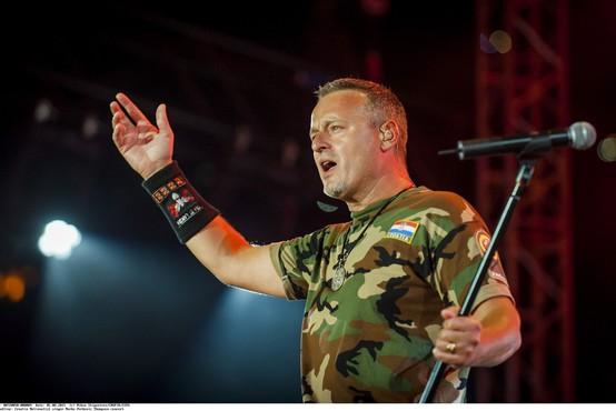 Sporni proustaški pevec Marko Perković Thompson bo lahko pel v Mariboru