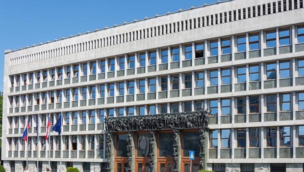 Ponovna pobuda za sprejem etičnega kodeksa za poslance (foto: profimedia)