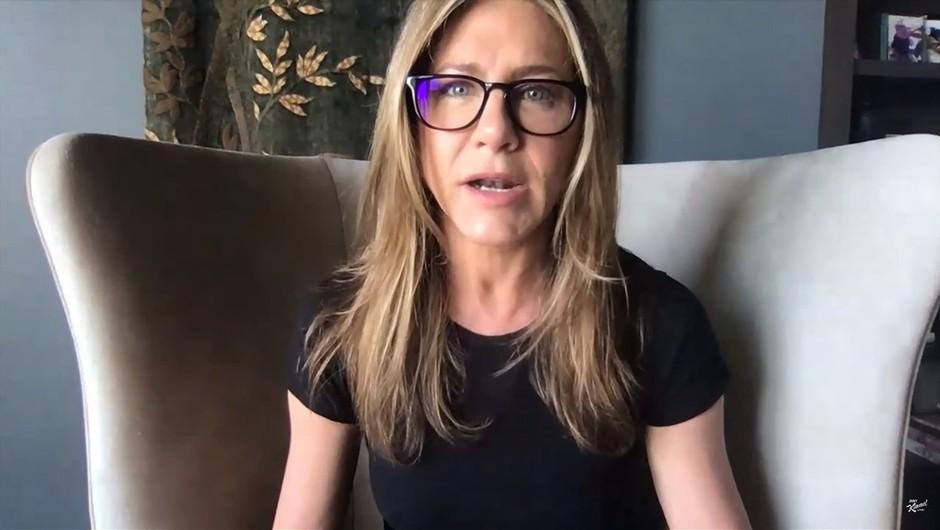Jennifer Aniston za boj proti rasizmu primaknila milijon dolarjev (foto: profimedia)