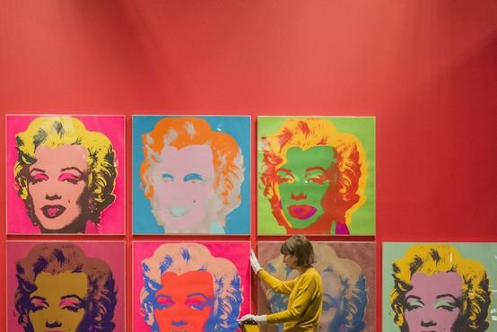 Zadnje ustvarjalno desetletje Andyja Warhola na newyorški razstavi