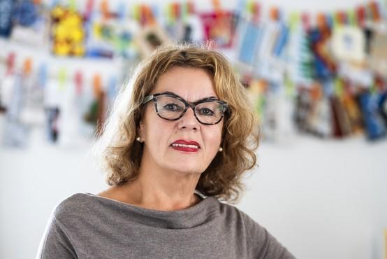 Anita Ogulin: Revščina ne izbira. Jutri lahko prizadene kogarkoli, ki še včeraj sploh ni pomislil na to! (podkast)