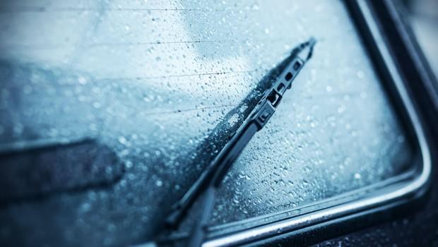 Zaradi napovedanih močnih nalivov in padavin povečana verjetnost zemeljskih plazov (foto: Profimedia)