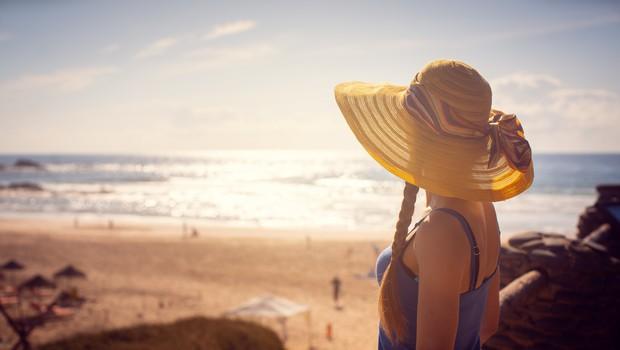 Dermatologi svarijo pred soncem, ker smo zaradi epidemije 'preskočili' privajanje (foto: profimedia)