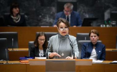 """Violeta Tomić: """"Pa uboga država, ki reši gospodinjstvo s prispevkom 12,75 evra!"""""""
