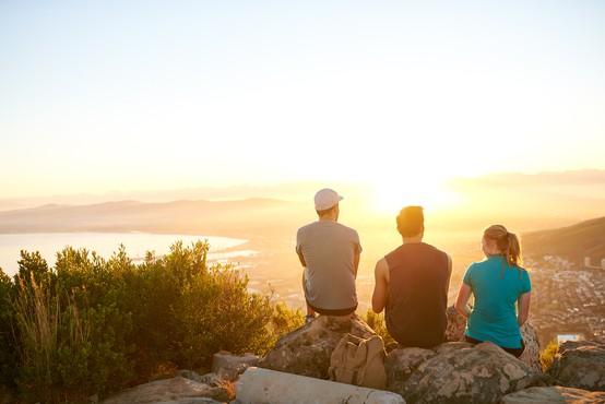 Zakaj se določeni ljudje pojavijo v našem življenju?
