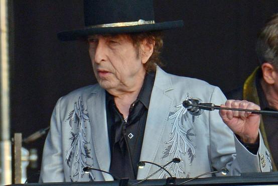 Bob Dylan je po osmih letih izdal nov album z desetimi izvirnimi pesmimi