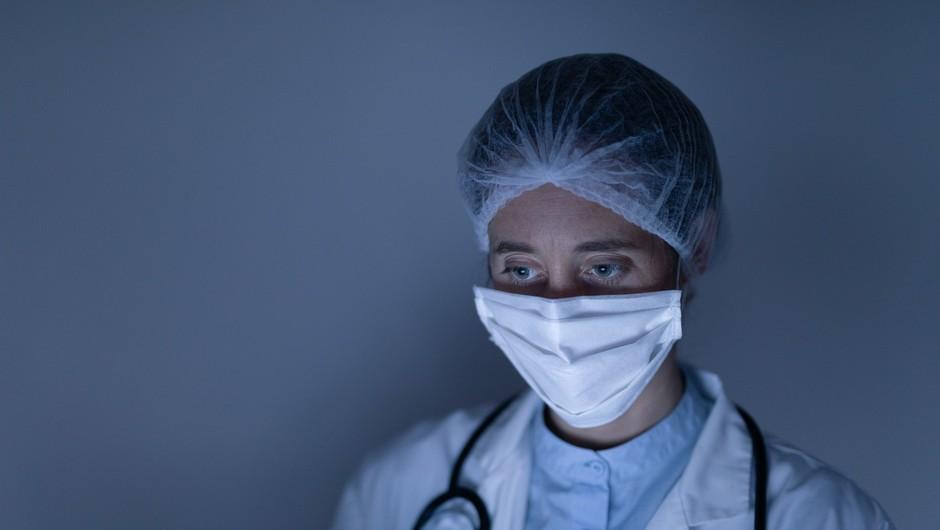 V petek se je število potrjenih okužb povečalo za šest (foto: profimedia)