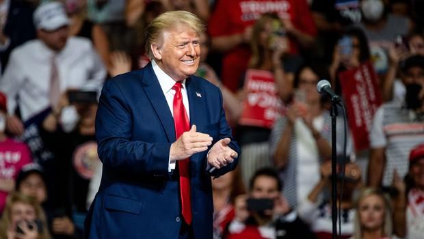 Na predvolilnem zborovanju Donalda Trumpa ni bilo pričakovane množice podpornikov (foto: profimedia)