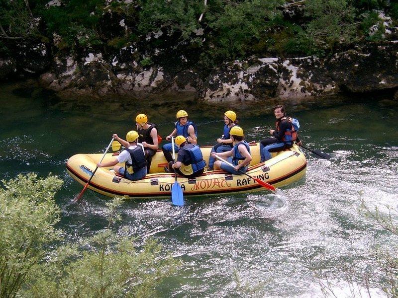Hotel in športni center Kovač slovi tudi po vrhunski ponudbi vodnih športov.