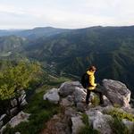 Pogled na Osilnico z Loške stene (foto: Profimedia)