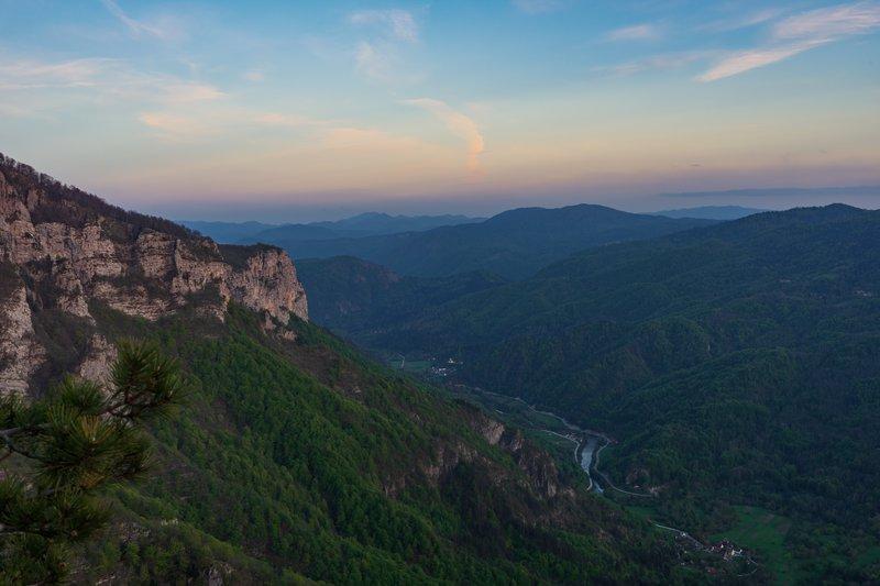 Pogled na reko Kolpo in Osilnico