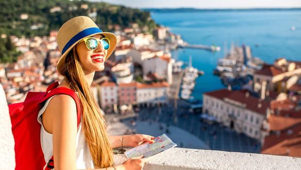 """Čez vikend pravi """"naval"""" na turistične bone (foto: Shutterstock)"""