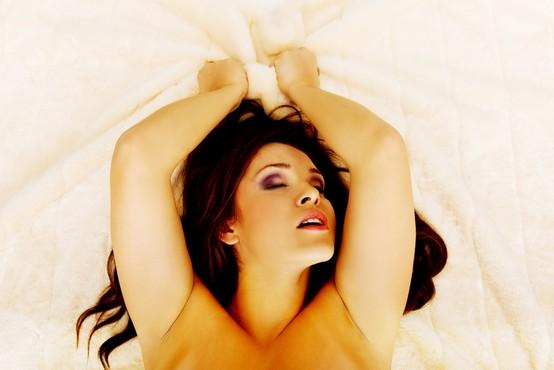 Kako doseči tantrični orgazem? (več minut dolg ali kar celo uro)