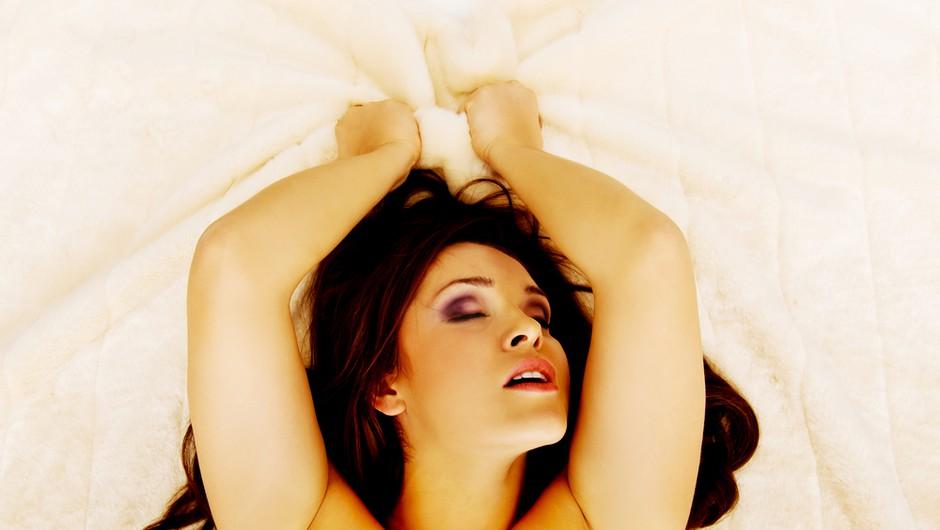 Kako doseči tantrični orgazem? (več minut dolg ali kar celo uro) (foto: Shutterstock)