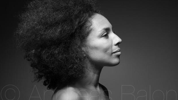 """Irena Yebuah Tiran: """"Obrazi različnih ras na televiziji sporočajo, da smo vsi ljudje enakovredni."""" (foto: Irena Yebuah Tiran)"""