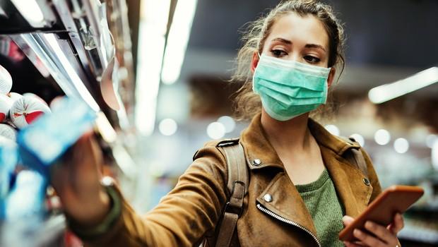 Epidemiologi zaskrbljeni: V državah Balkana na stotine novih okužb s koronavirusom (foto: Shutterstock)