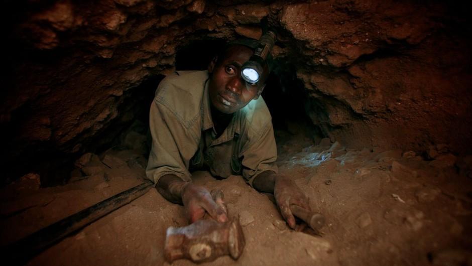 Tanzanijski rudar po najdbi draguljev čez noč postal milijonar (foto: profimedia)