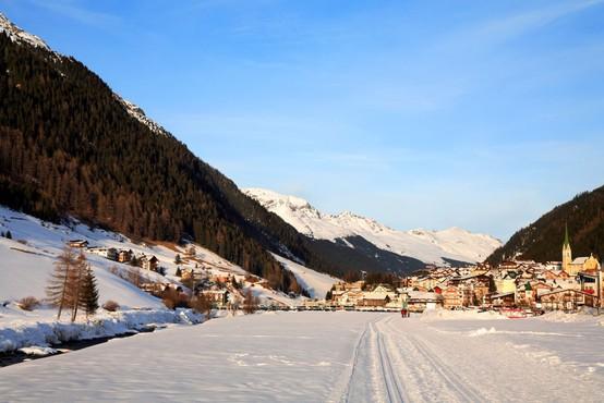 V avstrijskem Ischglu kar 40 odstotkov prebivalstva razvilo protitelesa